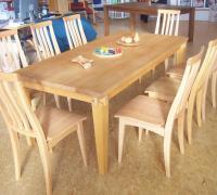 Buche-Tisch mit Stühlen in Buche der Fa. Holzschmiede