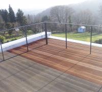 Terrasse aus wetterfestem Bangkirai-Holz