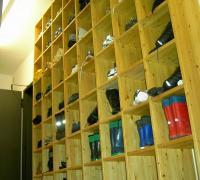 Schuhschrank in Fichte-Massivholz