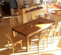 Tisch Nussbaum,Stühle Buche